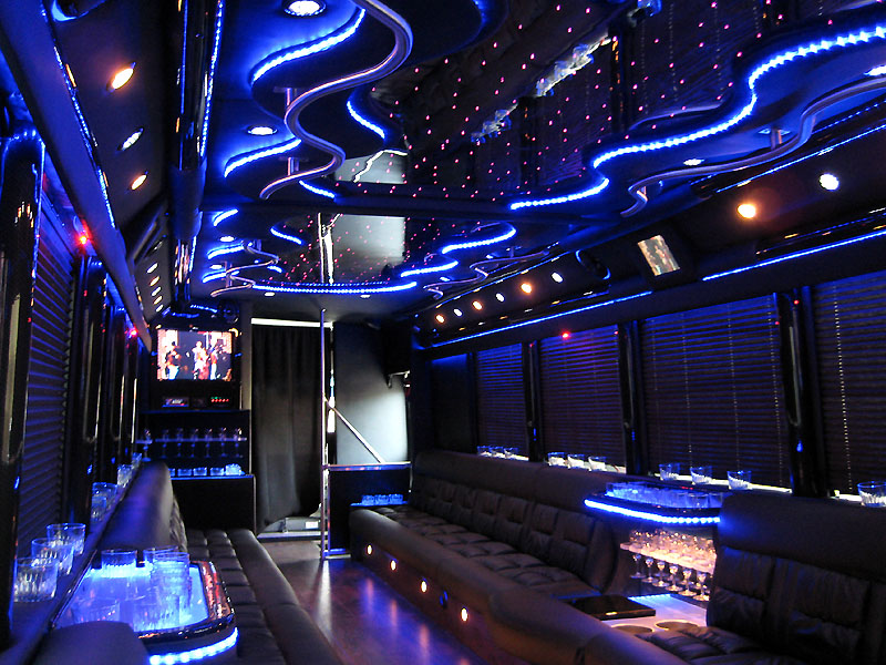 san diego party buses san diego limo service rental lowest rates best service party buses. Black Bedroom Furniture Sets. Home Design Ideas