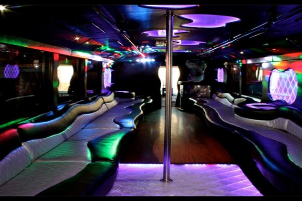 Limo bus san diego 50 passenger san diego party rental for Bus interior designs